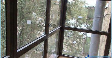 Wie Glasur Balkon Chruschtschow