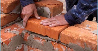 Wie die Lösung für Mauersteine zu mischen