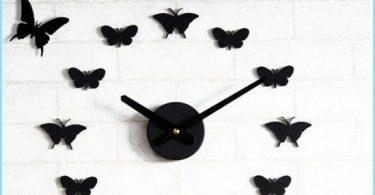 Wie Schmetterlinge an der Wand mit den Händen