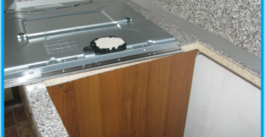 Wie Sie das Kochfeld in der Arbeitsplatte zu installieren