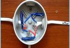 Antriebs rasklyucheniya oder Verbindung von elektrischen Leitungen in der Verbindungsdose